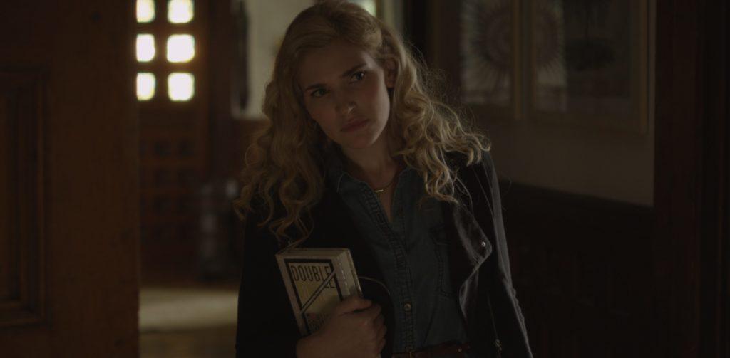 Jessalyn as Maggie Black